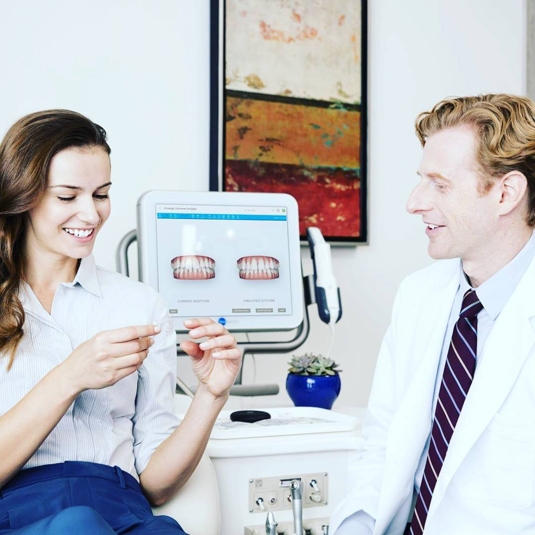 invisalign-treatment-consultation